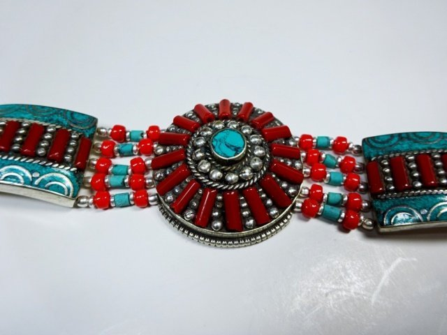 "TURQUOISE & CORAL BRACELET, APPROX 8""L - 3"