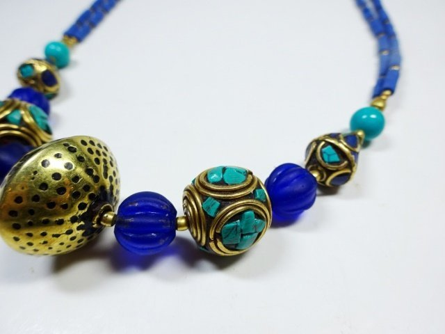 TURQUOISE & LAPIS NECKLACE, WITH BLUE GLASS BEADS, - 3