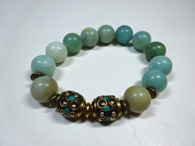 TURQUOISE ACCENTED BEAD STRETCH BRACELET, NATURAL GREEN