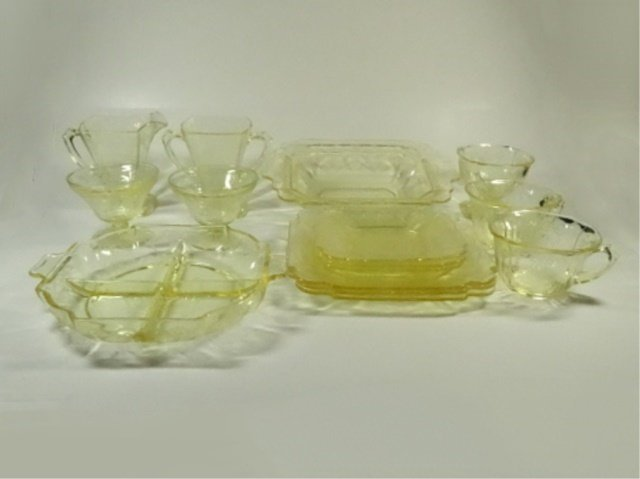 15 PC YELLOW DEPRESSION GLASS, INCLUDES INDIANA GLASS