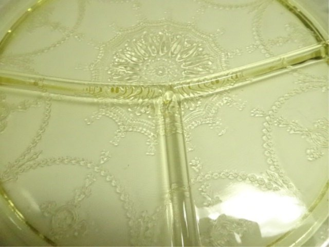 "12 PC YELLOW DEPRESSION GLASS GRILL PLATES (10.5""), - 3"