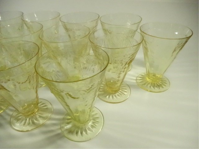 """13 PC YELLOW DEPRESSION GLASS GLASSES (4.75""""H), ANCHOR - 3"""