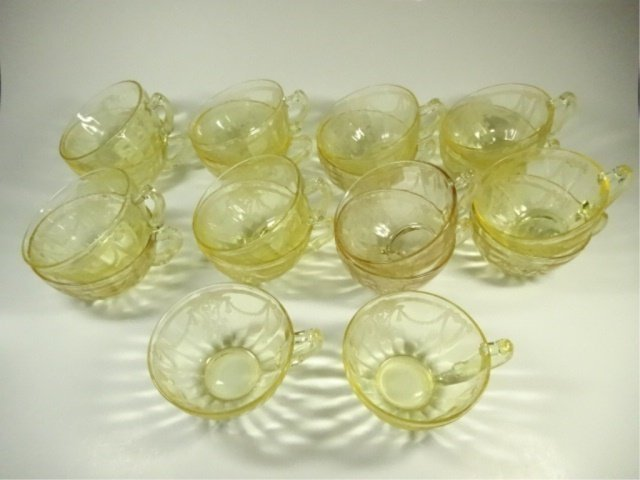 18 PC YELLOW DEPRESSION GLASS CUPS, ANCHOR HOCKING - 2
