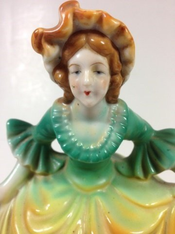 PORCELAIN FIGURAL BOX, MADE IN OCCUPIED JAPAN, FIGURE - 3
