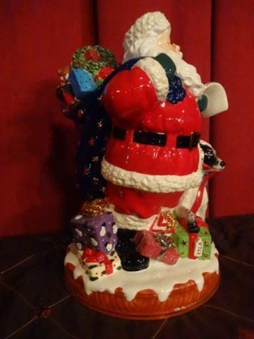 LARGE CHRISTOPHER RADKO CHRISTMAS COOKIE JAR, PAINTED - 9