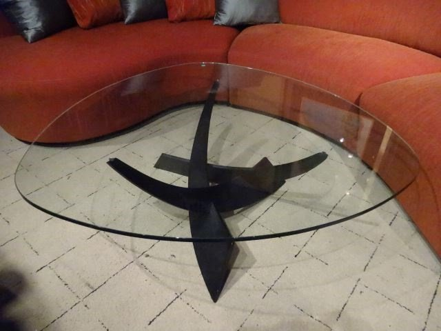 MODERN METAL AND GLASS COFFEE TABLE, CURVED TRIANGULAR