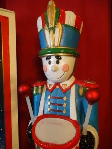 LARGE FIBER OPTIC CHRISTMAS NUTCRACKER, COLORED MOULDED - 2