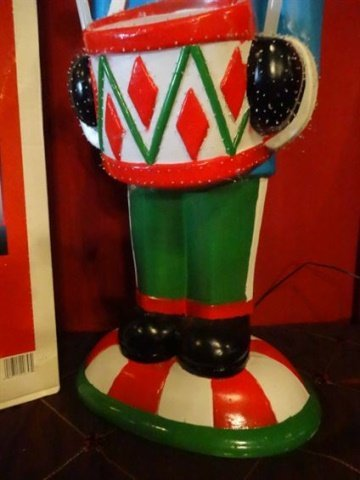 LARGE FIBER OPTIC CHRISTMAS NUTCRACKER, COLORED MOULDED - 3