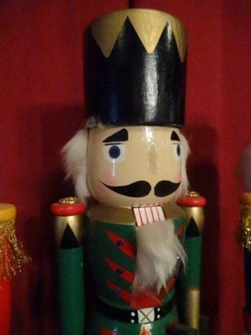 """3 CHRISTMAS WOODEN NUTCRACKERS, LARGEST APPROX 20"""" X - 4"""