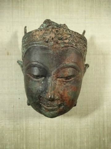 BRONZE THAI BUDDHA HEAD SCULPTURE, MOUNTED IN FRAME, - 2