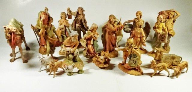 21 PC CHRISTMAS DECOR - ITALIAN NATIVITY FIGURINES, - 2