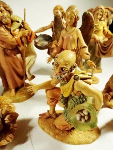 21 PC CHRISTMAS DECOR - ITALIAN NATIVITY FIGURINES, - 4