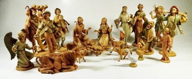 22 PC CHRISTMAS DECOR - ITALIAN NATIVITY FIGURINES,
