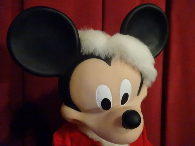 ANIMATED CHRISTMAS MICKEY MOUSE FIGURE, WALT DISNEY, IN - 4