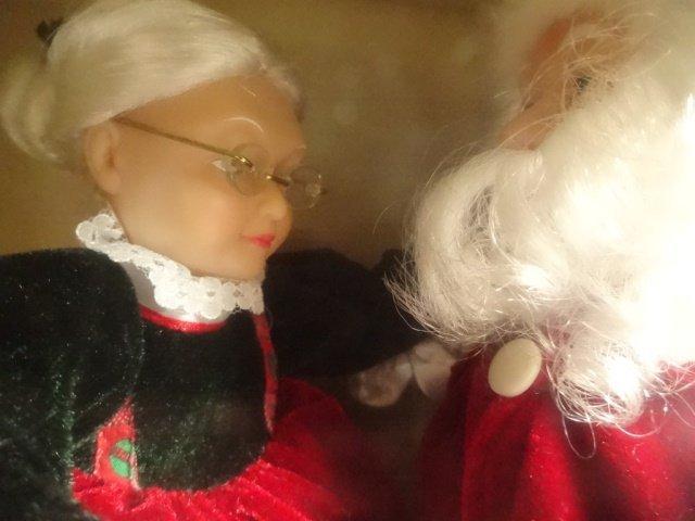 CHRISTMAS ANIMATED MUSICAL REALLY DANCING SANTA, SANTA - 2