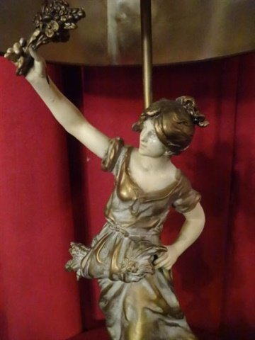 FRENCH AFTER AUGUSTE MOREAU FIGURAL LAMP, PAINTED - 4