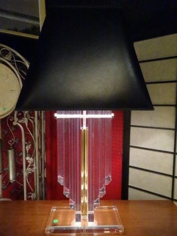 LARGE LUCITE AND BRASS LAMP, THICK LUCITE PANELS IN V