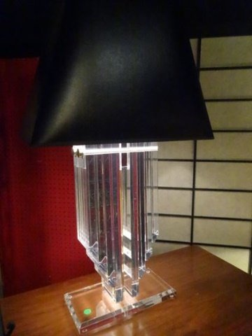 LARGE LUCITE AND BRASS LAMP, THICK LUCITE PANELS IN V - 2