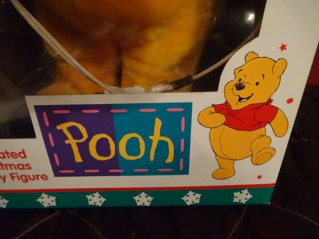 ANIMATED CHRISTMAS WINNIE THE POOH FIGURE, IN ORIGINAL - 4