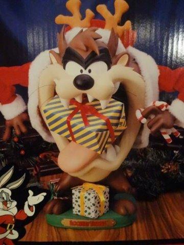 ANIMATED CHRISTMAS TASMANIAN DEVIL FIGURE FROM LOONEY - 2
