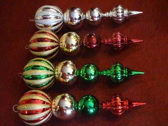 "4 LARGE CHRISTMAS ORNAMENTS, 28""H, SKU950.44 BX085 - 2"