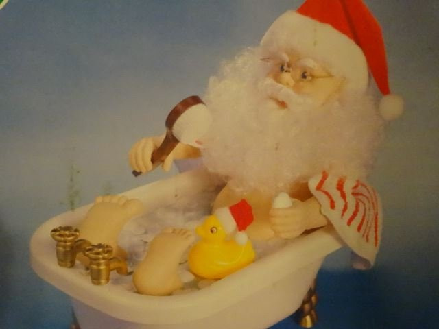 LARGE TALKING CHRISTMAS SANTA FIGURE IN BATHTUB, IN - 3