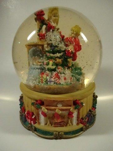 CHRISTMAS DECOR - MUSICAL SNOW GLOBE BY THE SAN