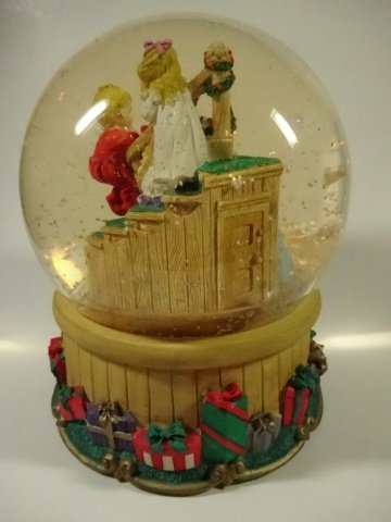 CHRISTMAS DECOR - MUSICAL SNOW GLOBE BY THE SAN - 3