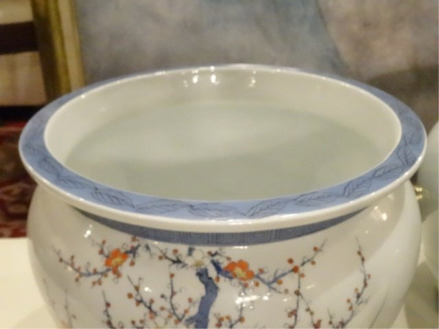 PAIR CHINESE PORCELAIN JARDINERES, WHITE WITH PAINTED - 4