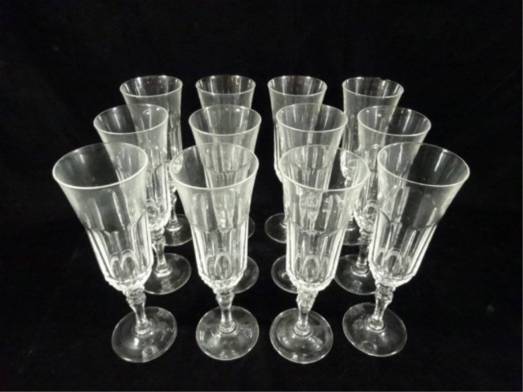 34 PC CRYSTAL STEMWARE, INCLUDES 12 WINE GLASSES APPROX - 7