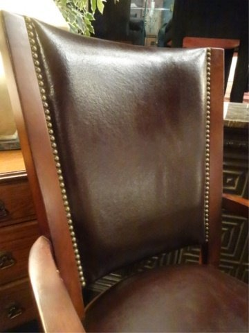 LEATHER EXECUTIVE DESK CHAIR ON CASTERS, WITH NAILHEAD - 2