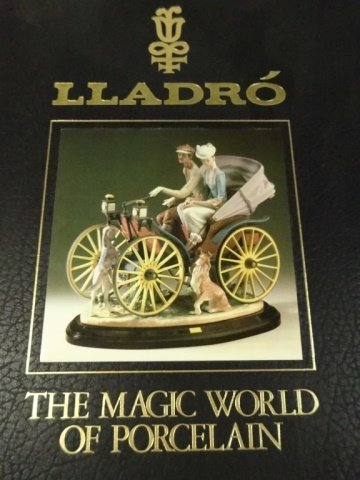 LLADRO, THE MAGIC WORLD OF PORCELAIN BOOK, VERY GOOD - 2