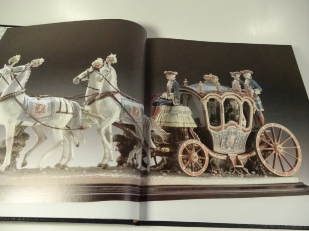 LLADRO, THE MAGIC WORLD OF PORCELAIN BOOK, VERY GOOD - 4