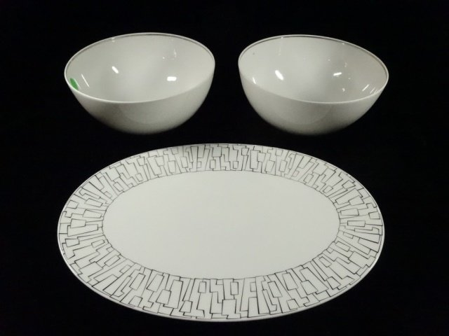 3 PC ROSENTHAL PORCELAIN SERVEWARE, 2 WHITE BOWLS AND