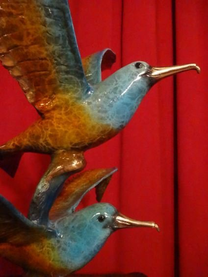 LARGE PATINATED BRONZE SCULPTURE, 2 SEAGULLS, ON MARBLE - 5