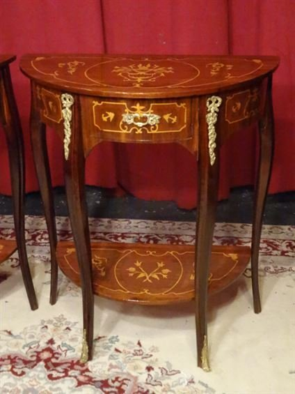 PAIR LOUIS XV STYLE MARQUETRY TABLES. GILT METAL - 2