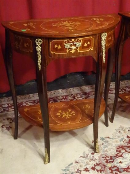 PAIR LOUIS XV STYLE MARQUETRY TABLES. GILT METAL - 3