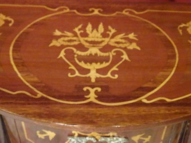 PAIR LOUIS XV STYLE MARQUETRY TABLES. GILT METAL - 6