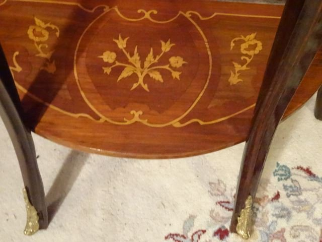 PAIR LOUIS XV STYLE MARQUETRY TABLES. GILT METAL - 7
