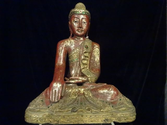 CHINESE CARVED GILT WOOD BUDDHA WITH APPLIED BEADS,