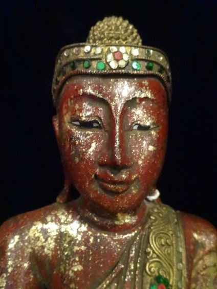 CHINESE CARVED GILT WOOD BUDDHA WITH APPLIED BEADS, - 3