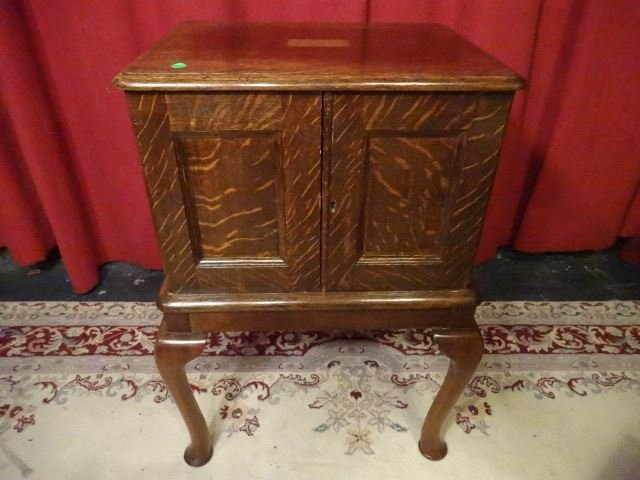 ANTIQUE TIGER OAK SILVER CHEST, 2 DOOR CABINET WITH