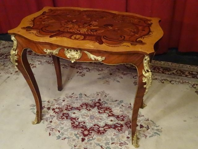 LOUIS XV STYLE MARQUETRY TABLE, GILT METAL MOUNTS, - 2