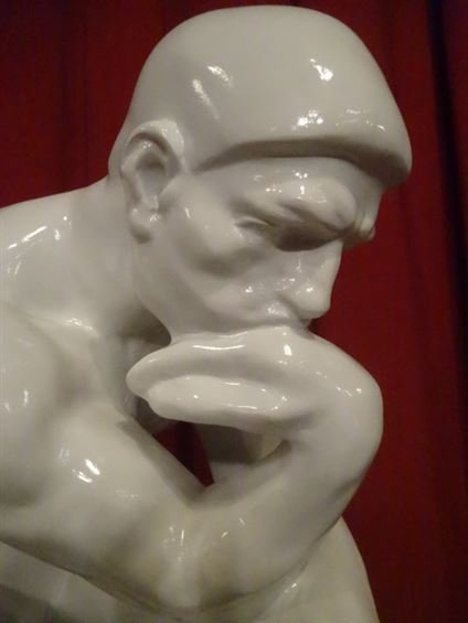 LARGE RODIN THINKER SCULPTURE, WHITE COMPOSITE, - 2