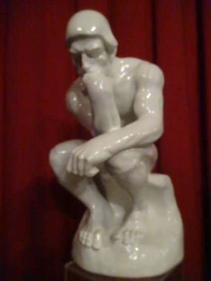 LARGE RODIN THINKER SCULPTURE, WHITE COMPOSITE, - 4