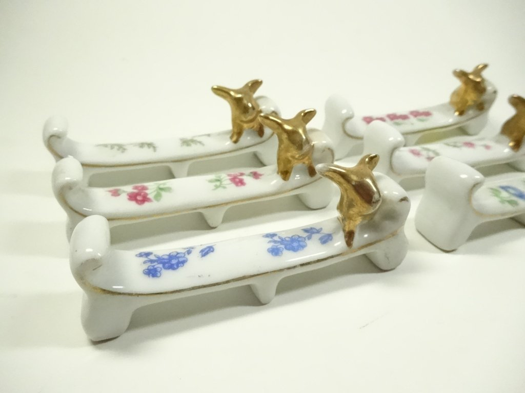 "6 PC PORCELAIN KNIFE RESTS, APPROX 3.5""L - 2"