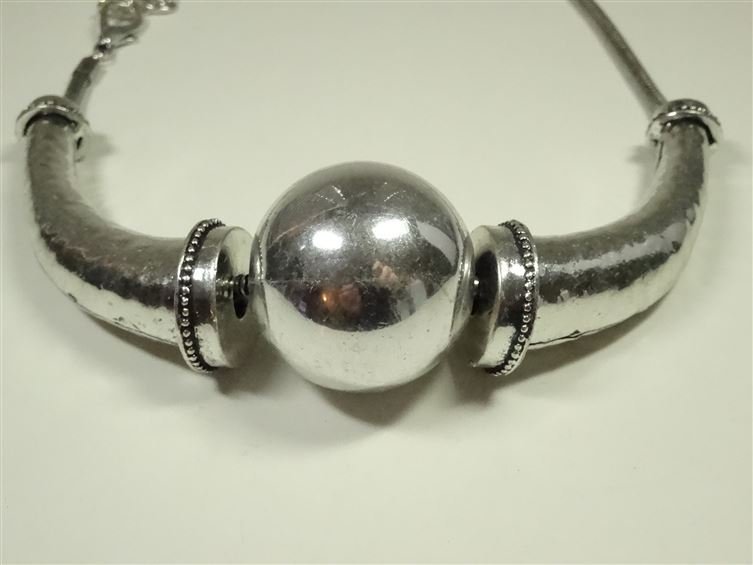 METAL BEAD NECKLACE, SILVER FINISH METAL WITH LARGE - 2