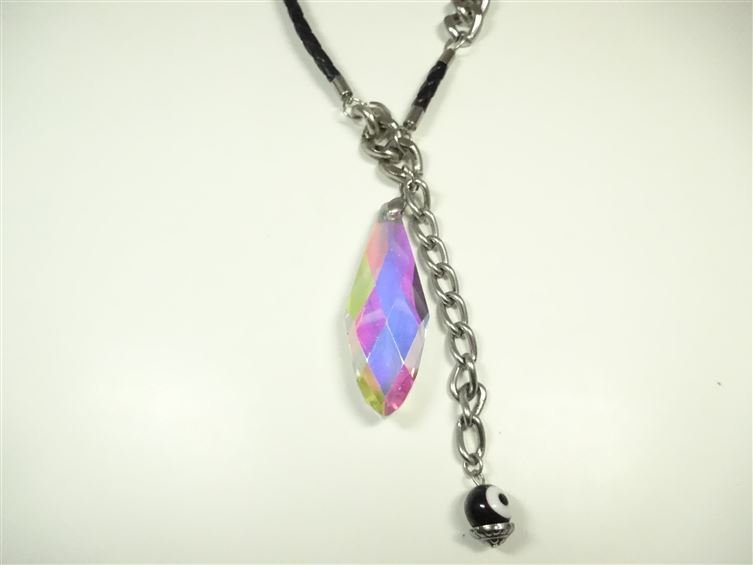 IRIDESCENT FACETED PENDANT NECKLACE, WITH EVIL EYE - 2