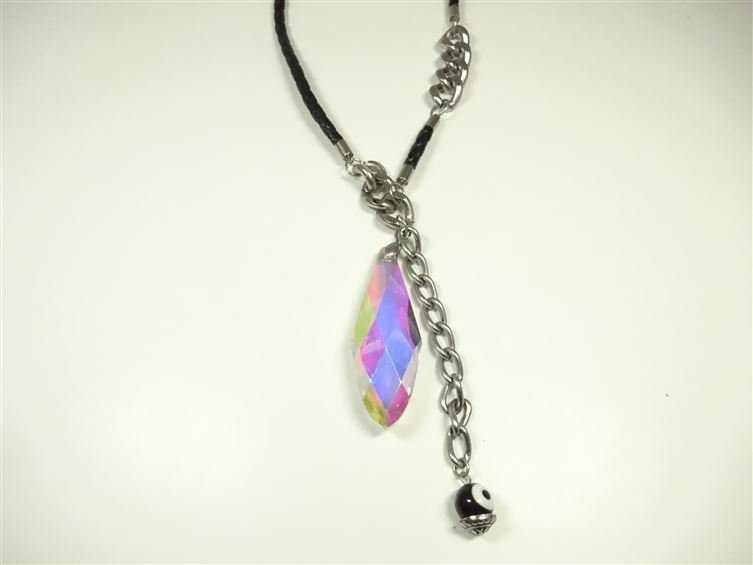 IRIDESCENT FACETED PENDANT NECKLACE, WITH EVIL EYE - 3