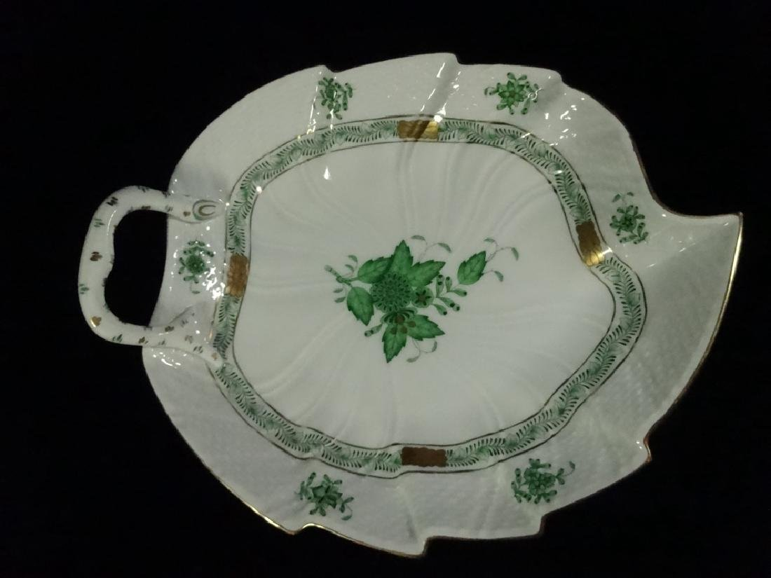 HEREND PORCELAIN LEAF DISH, CHINESE GREEN BOUQUET - 2